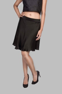 SATIN FLARE SKIRT-  SHORT